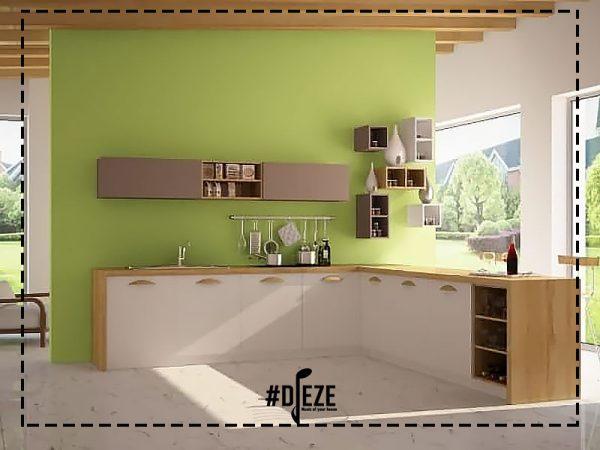 Кухня белая с деревянными ручками